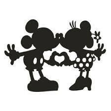 Comment s'appelle la femme de Mickey ?