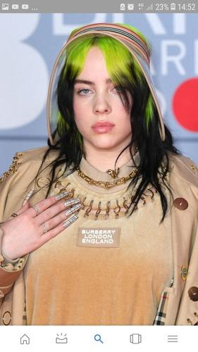 """En quelle année Billie a-t-elle sorti son single """"six feet under"""" ?"""
