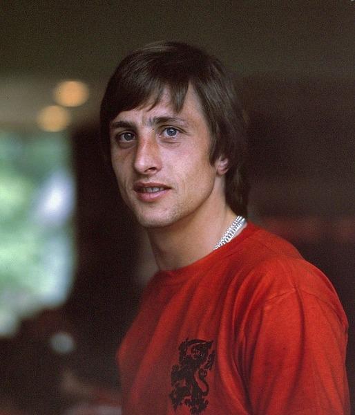 Quelle phrase est fausse au sujet de Johan Cruyff ?