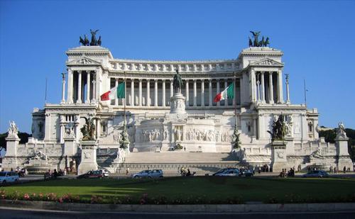 L'altare della Patria è dedicato al primo re d'Italia,