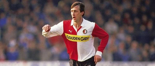 Le Feyenoord Rotterdam sera son dernier club pro.