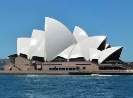 (Dernier Monument) c'est un très célèbre Opéra situé en......