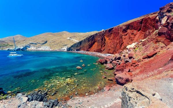 Quel mythe est né de l'éruption du volcan de Santorin dans l'Antiquité ?