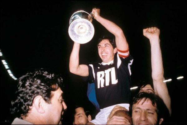 Quelle équipe les Girondins battent-ils en finale en 1986 pour remporter leur seconde Coupe de France ?