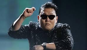 """Qui est le chanteur à succès de """"Gangnam style"""" ?"""
