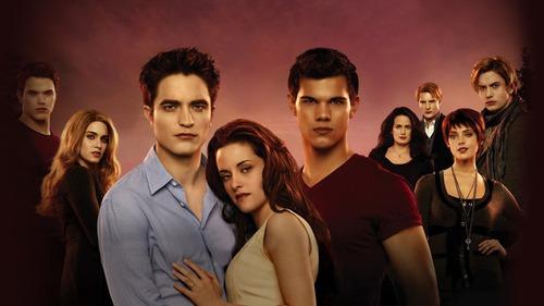 Hány Cullen családtag van már az 4.rész 2.felében?