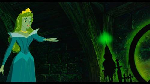 Dans quel Disney apparait le fuseau de la Belle aux Bois Dormants ?