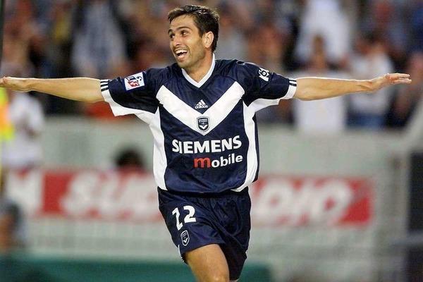 Où Pauleta évoluait-il avant de rejoindre les Girondins en 2000 ?