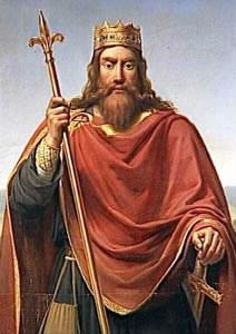 De quelle dynastie est issue Clovis ?