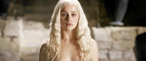 Qu'est-ce qui ne peut pas tuer Daenerys ?