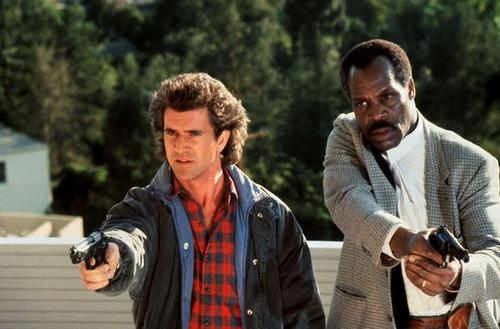 Titre du film complet avec Mel Gibson flic fou : L'arme ...?