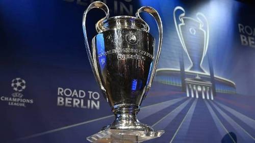 Marque a alternativas que tem apenas clubes sem Champions League :