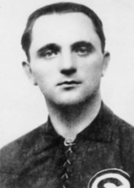 Il a inscrit 110 pour Saint-Etienne dans les années 30-40, il s'agit de ?