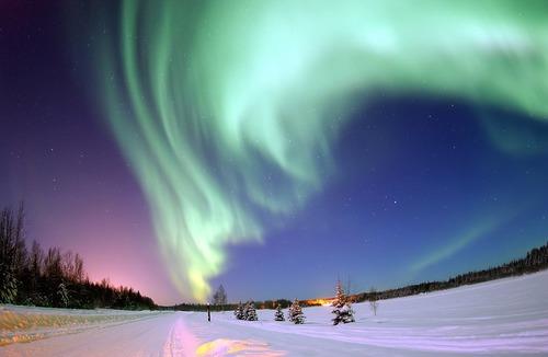 Où a-t-on plus de chance de trouver des aurores boréales sur Terre ?