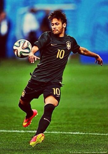 Neymar a-t-il une sœur ?