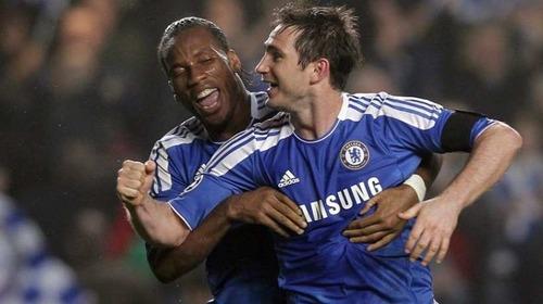 Quel club échoue en finale de Ligue des Champions 2004 contre le FC Porto de José Mourinho ?