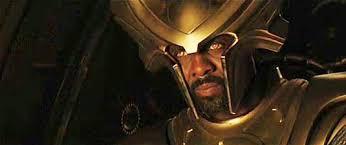 Quel est le rôle de Heimdall dans la trilogie Thor ?