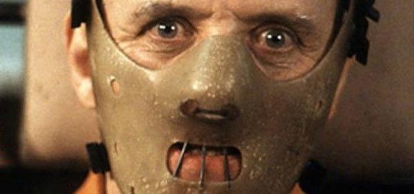 Comment s'appelle ce méchant interprété par Anthony Hopkins ?