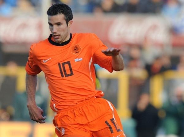 Robin Van Persie est à ce jour (2021) le meilleur buteur de la sélection hollandaise. Combien de buts compte-t-il ?