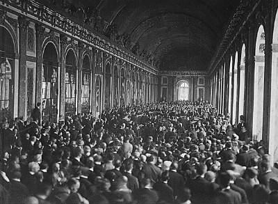 A quelle date à été signé le traité de Versailles mettant fin à la première guerre mondiale ?