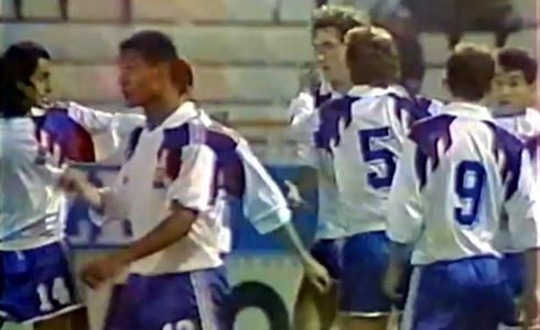 Dans ce même match, qui inscrira le second but synonyme de victoire pour les Bleus ?