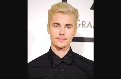 Quand Justin est tombé sur scène la 1ère fois dans la tournée ?