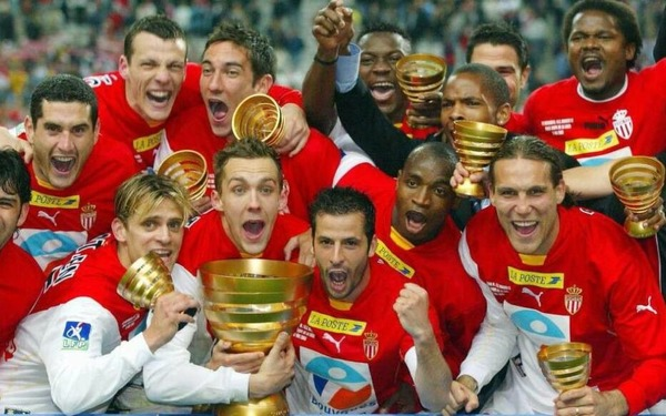 En quelle année les monégasques ont-ils remporté la Coupe de la Ligue ?