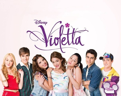 Who are the best friends of Violetta?