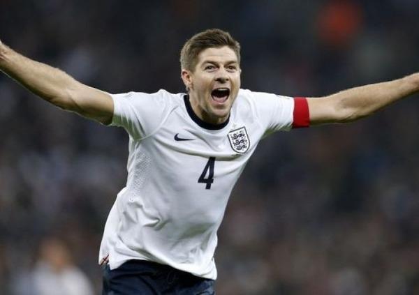 En équipe d'Angleterre Steven Gerrard compte ......