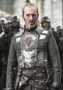 Qui Stannis Barathéon a-t-il fait assassiner avec l'aide de la Femme Rouge ?