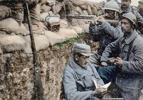 Quel surnom a-t-on donné aux soldats qui ont combattu pendant la Première guerre mondiale ?