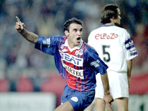 Qui ne fait pas partie de l'effectif parisien champion de France en 1994 ?