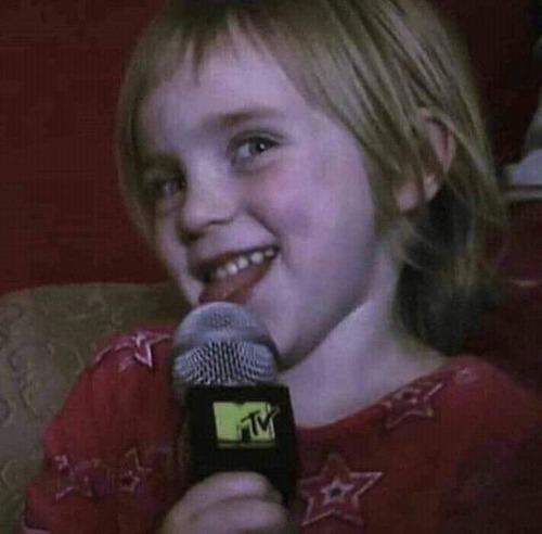 Qual a data de nascimento da Billie?