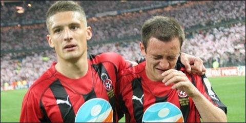 Contre quelle équipe les niçois perdent-ils la finale de la Coupe de la Ligue 2006 ?