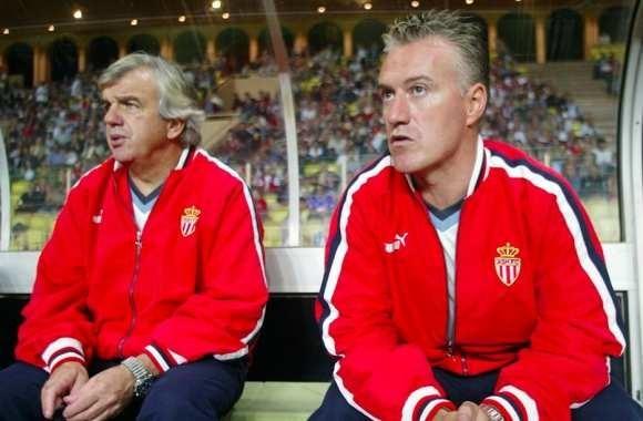 Avec quelle équipe Didier Deschamps a-t-il été champion de France en tant qu'entraîneur ?