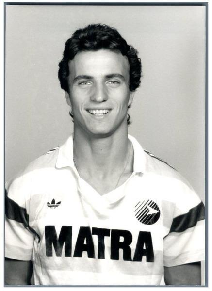 En 1988 ce jeune toulonnais rejoint le Matra, c'est ?