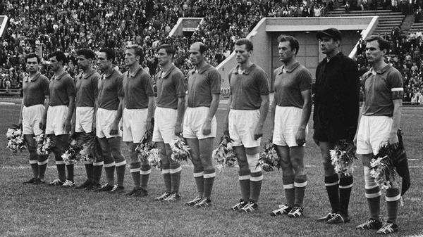 Cette équipe est la première à remporter cette compétition en 1960, il s'agit de ......