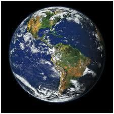 En pourcentage, quelle est la superficie totale des océans à la surface de notre planète ?