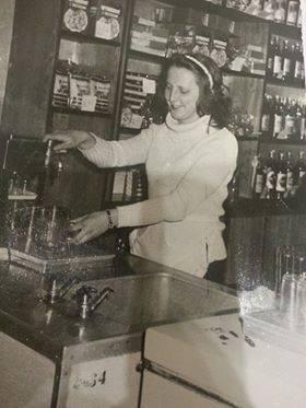 Jak nazywał się kultowy bar w Brojcach ?