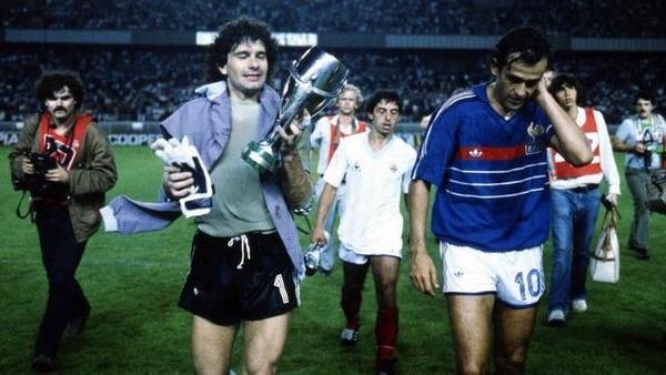 L'équipe de France termine ce tournoi avec 5 victoires en 5 matchs.