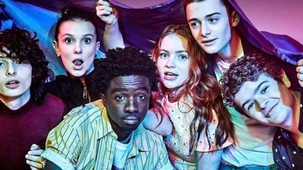 Comment s'appelle cette série où figure ces acteurs ?