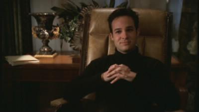Comment se nomme le personnage qui remplace Buffy et devient l 'idole de Sunnydale grâce à la magie dans l'épisode « Superstar » ?