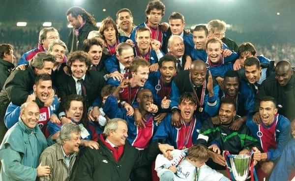 Le PSG remporte la Coupe des Vainqueurs de Coupe. Quel joueur ne faisait plus partie de l'effectif cette année-là ?