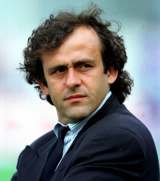 Durant cette campagne, Michel Platini est le sélectionneur de Bleus.