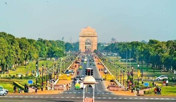 Glavni grad Indije je :