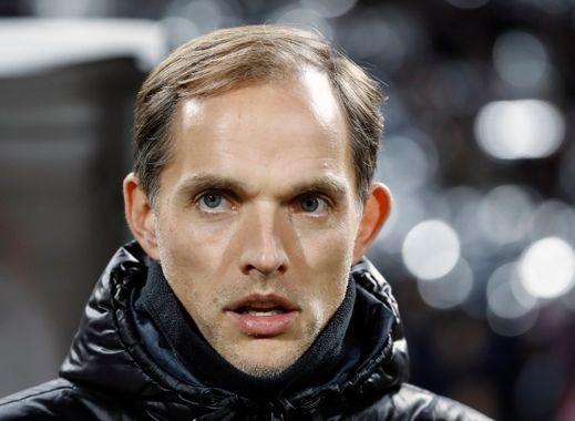 Qui est ce coach de foot ?
