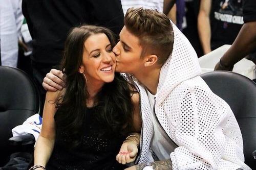 Comment s'appelle la mère de Justin ?