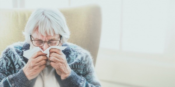 Chez les personnes âgées, on observe…