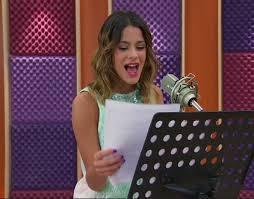 Violetta'nın yazdığı ilk şarkı nedir ?