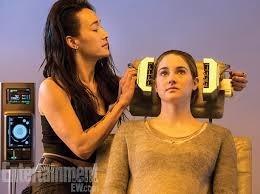 Quel est le résultat au test de Tris ? Et pourquoi doit-elle ne rien dire ?